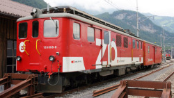 zb Deh 120 011 rack track railcar red