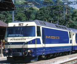 MOB Ge 4/4 8001 electric loco blue/cream digital