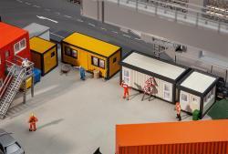 4 Baucontainer, gelb-schwarz / grau-schwarz