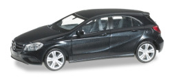 Mercedes-Benz A-Klasse, blacksaphir metallic