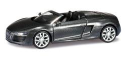 Audi R8 Spyder V10 facel.  day