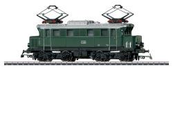 Electric loco Cl E44 green