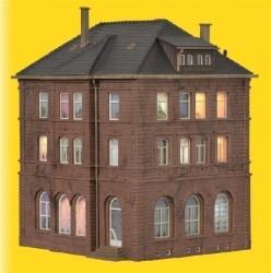 KIB/H0 Bahnbetriebsgebäude inkl. Hausbeleuchtungs-Startset, Funktionsbausatz