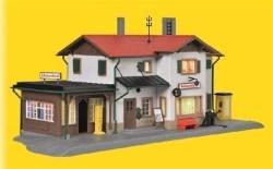KIB/H0 Bahnhof Maienfeld inkl. Hausbeleuchtungs-Startset, Funktionsbausatz