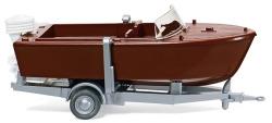 Motorboot auf Anhänger
